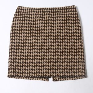 Talbots houndstooth lined skirt